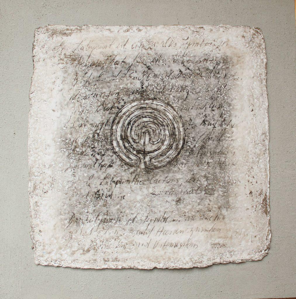 2015: Symbol, 70 x 70 cm, Beton Marmorp. Basalt-Wachs auf handgesch. Papier und Holz 2.